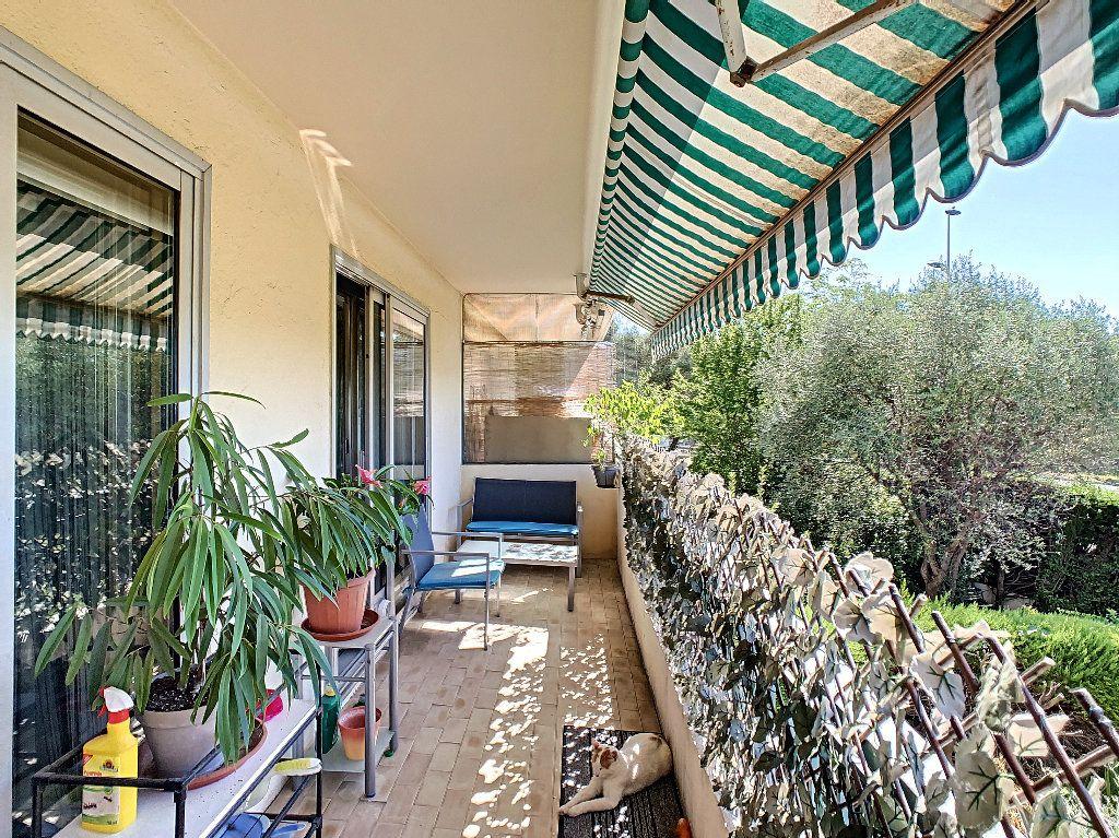 Appartement à vendre 2 50m2 à Antibes vignette-3