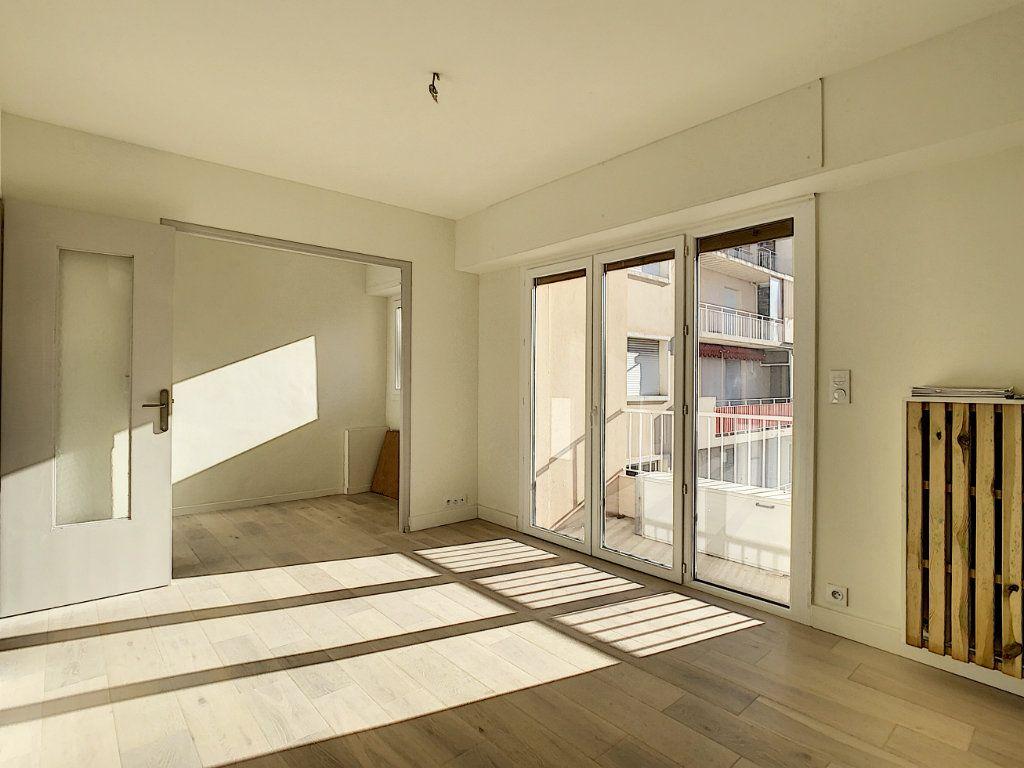 Appartement à vendre 4 80m2 à Antibes vignette-5