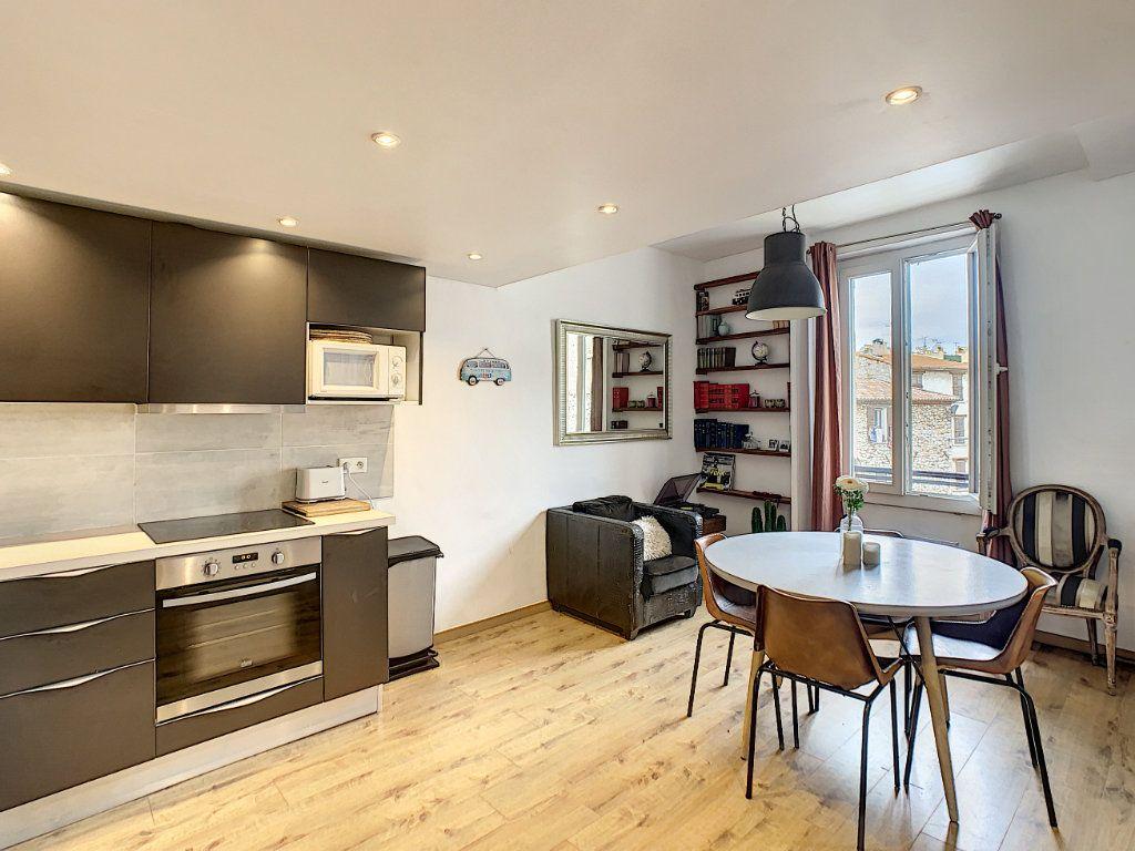 Appartement à vendre 3 55.16m2 à Antibes vignette-3