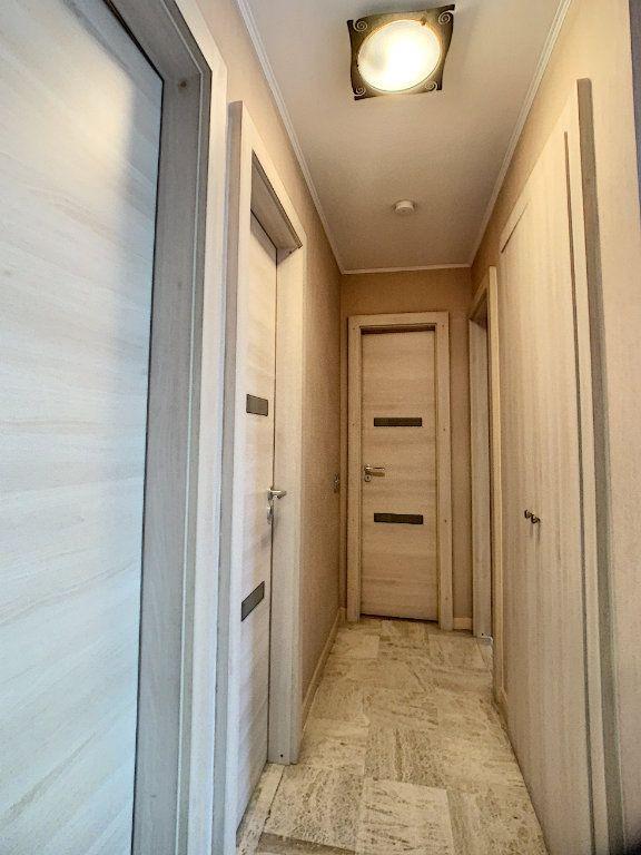 Appartement à vendre 3 51m2 à Juan-les-Pins - Antibes vignette-4