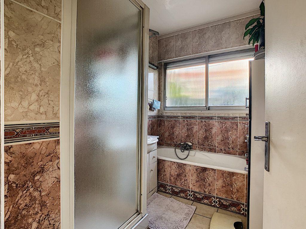 Appartement à vendre 4 92m2 à Antibes vignette-7