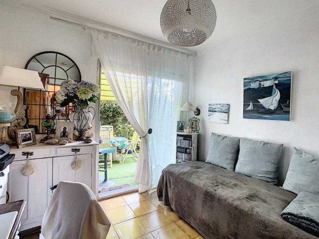 Appartement à vendre 4 92m2 à Antibes vignette-10