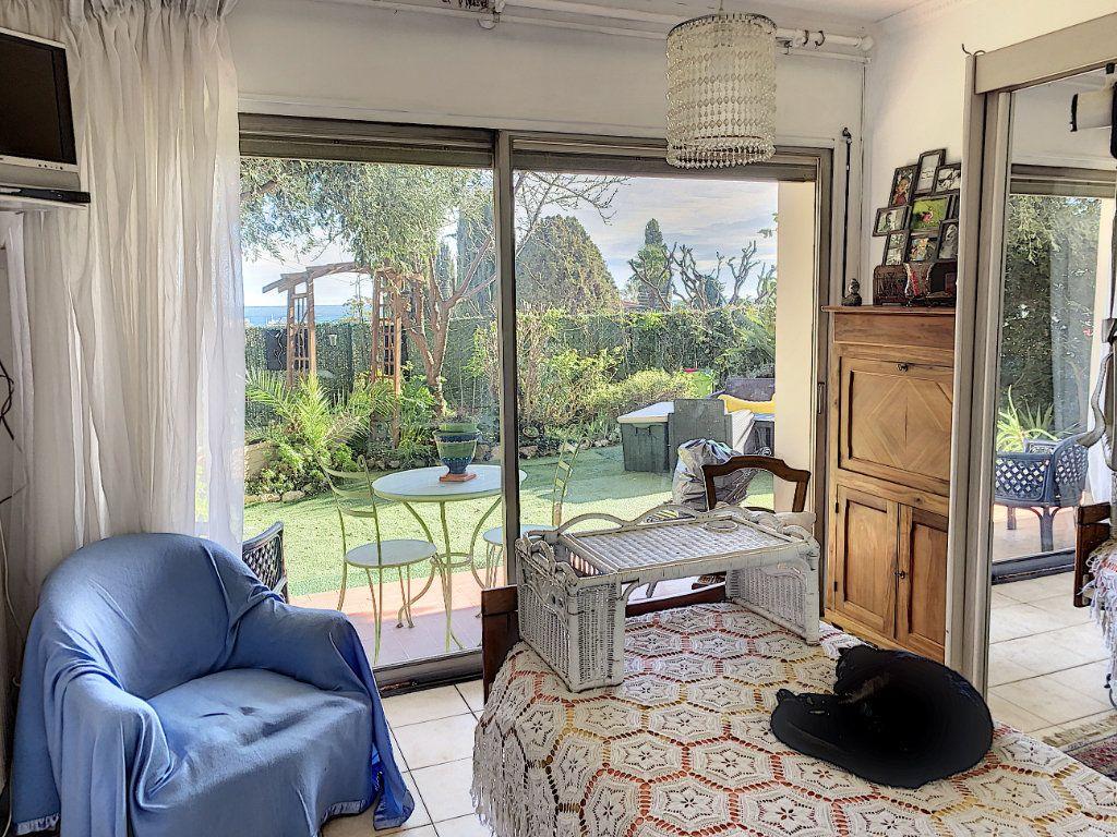 Appartement à vendre 4 92m2 à Antibes vignette-12