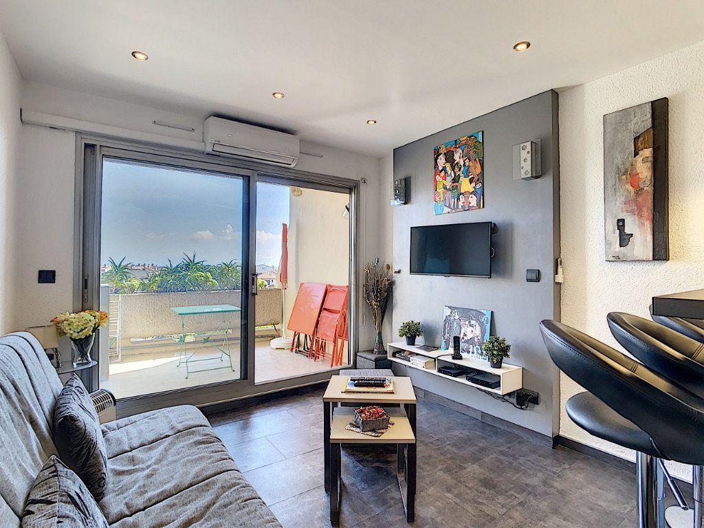 Appartement à vendre 2 25.9m2 à Antibes vignette-4
