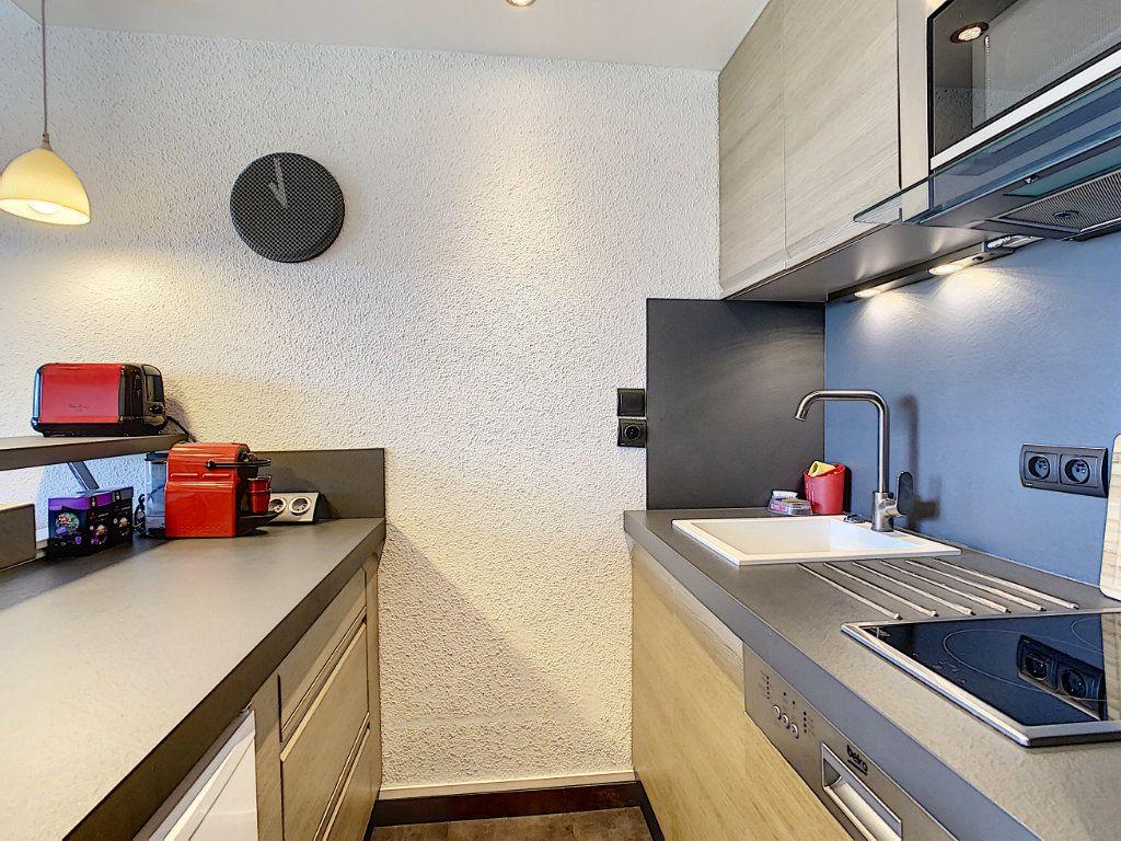 Appartement à vendre 2 25.9m2 à Antibes vignette-6