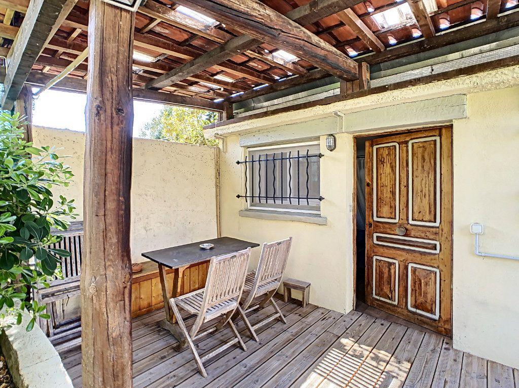 Maison à vendre 7 165m2 à Antibes vignette-7