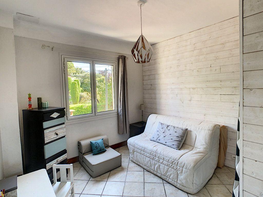 Maison à vendre 7 165m2 à Antibes vignette-16