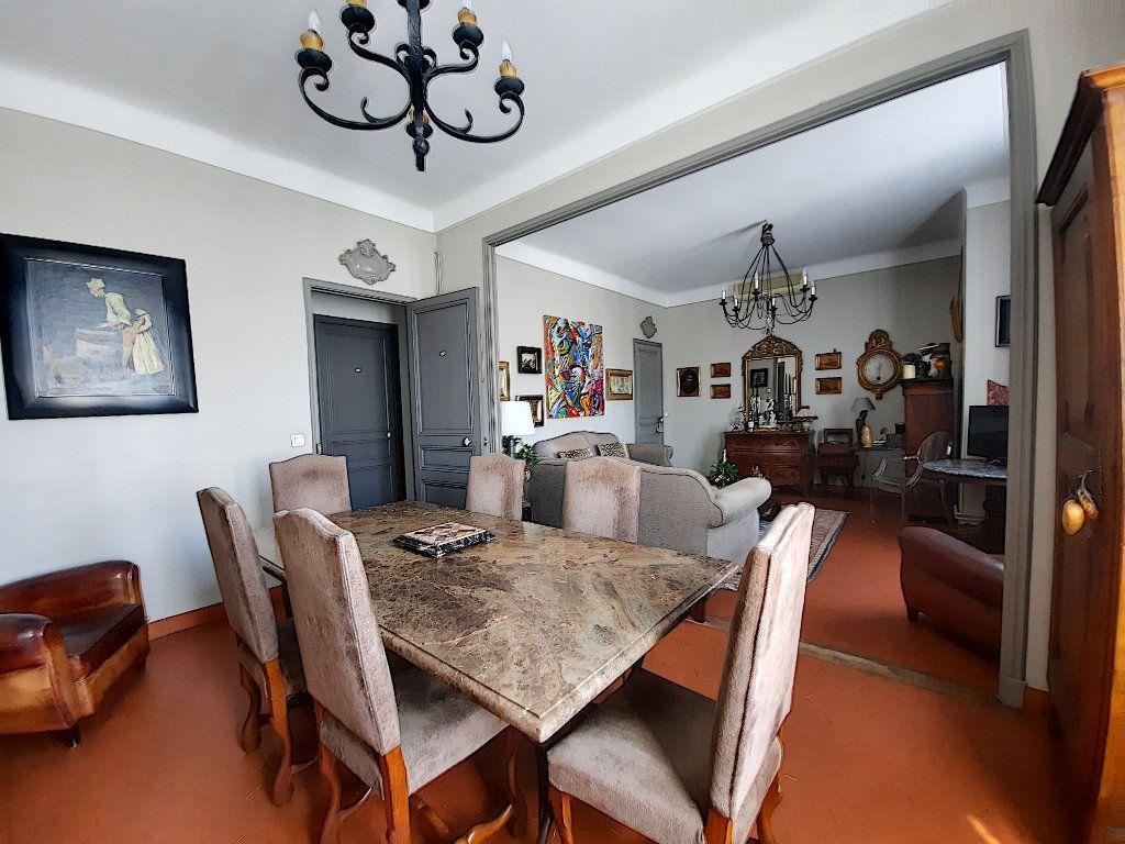 Appartement à vendre 4 117.08m2 à Cannes vignette-1