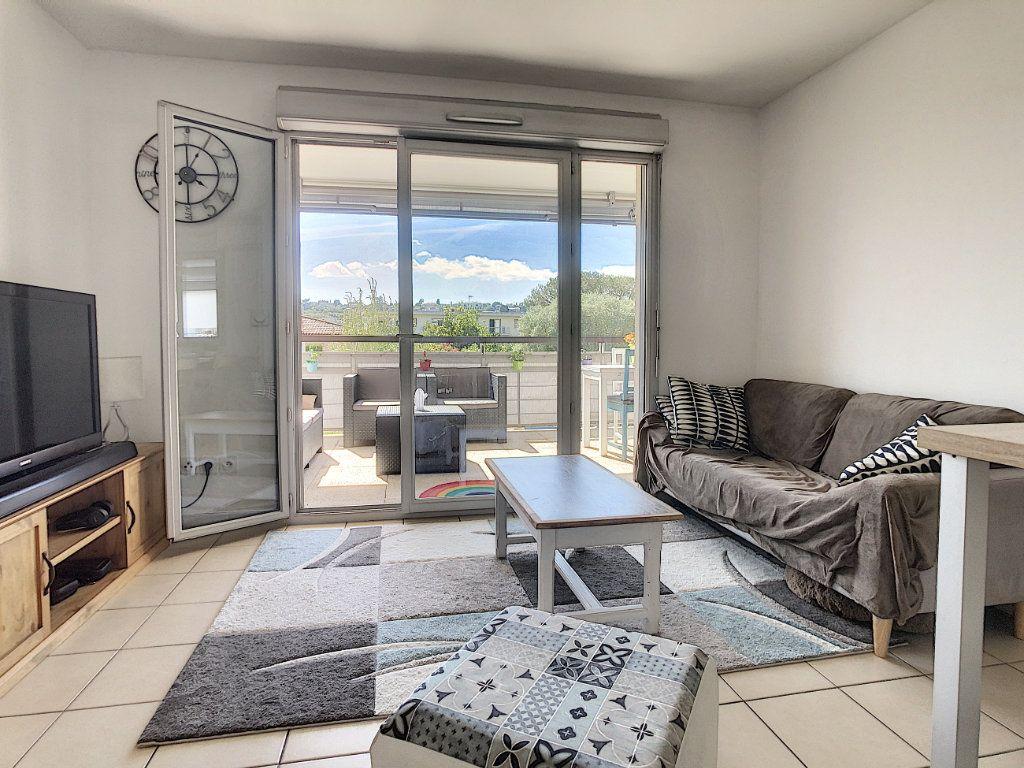 Appartement à vendre 3 54.7m2 à Antibes vignette-4