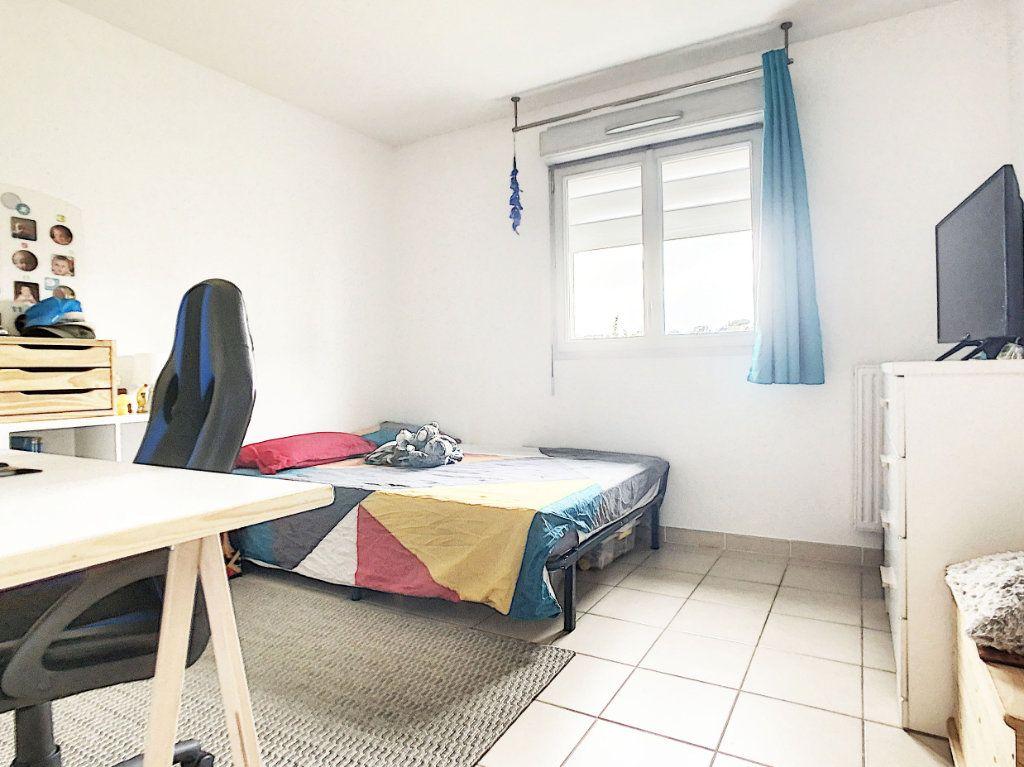 Appartement à vendre 3 54.7m2 à Antibes vignette-7
