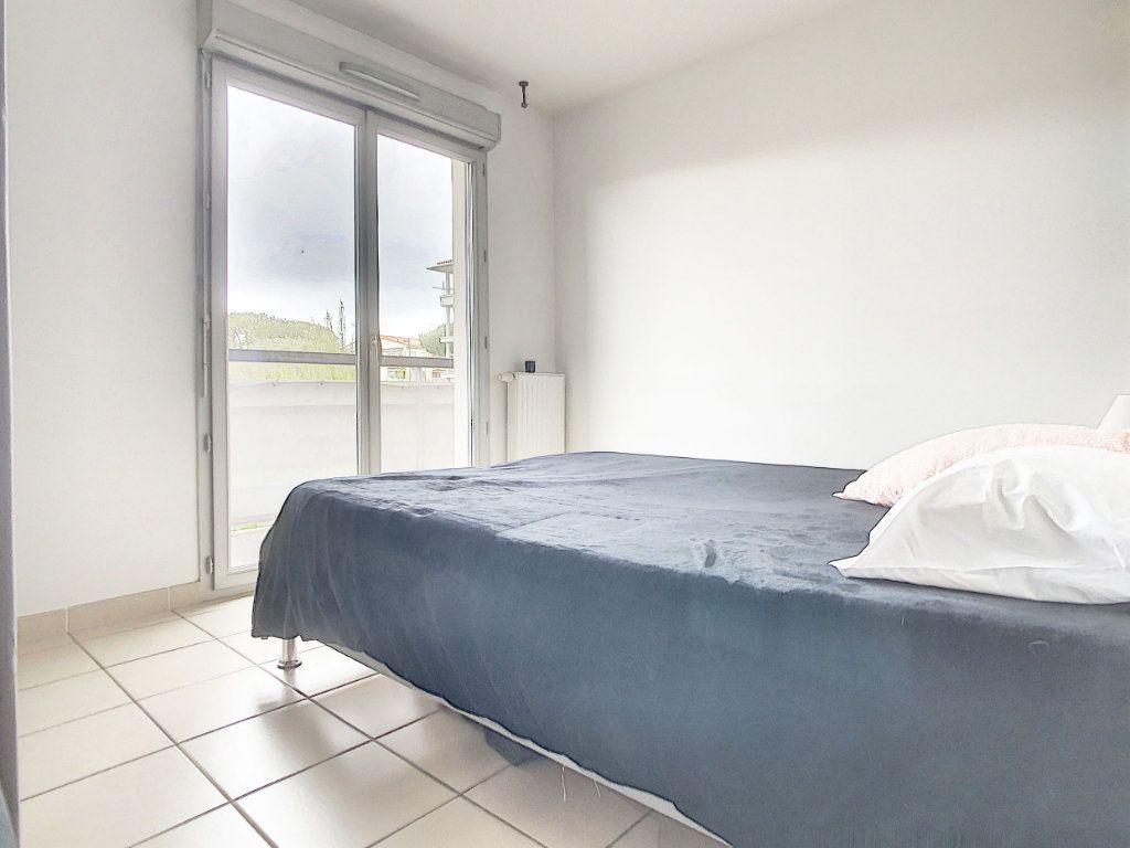 Appartement à vendre 3 54.7m2 à Antibes vignette-8