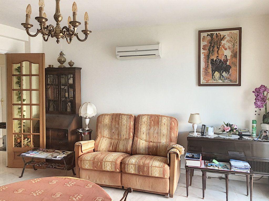 Appartement à vendre 3 83.5m2 à Antibes vignette-3