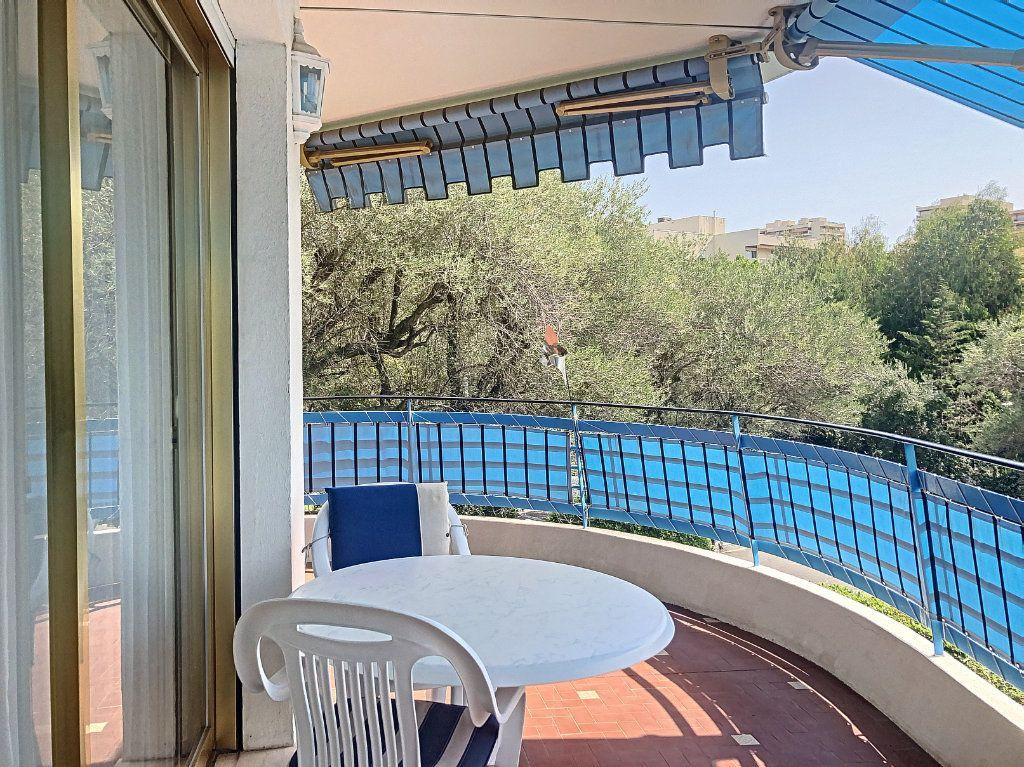 Appartement à vendre 3 83.5m2 à Antibes vignette-7