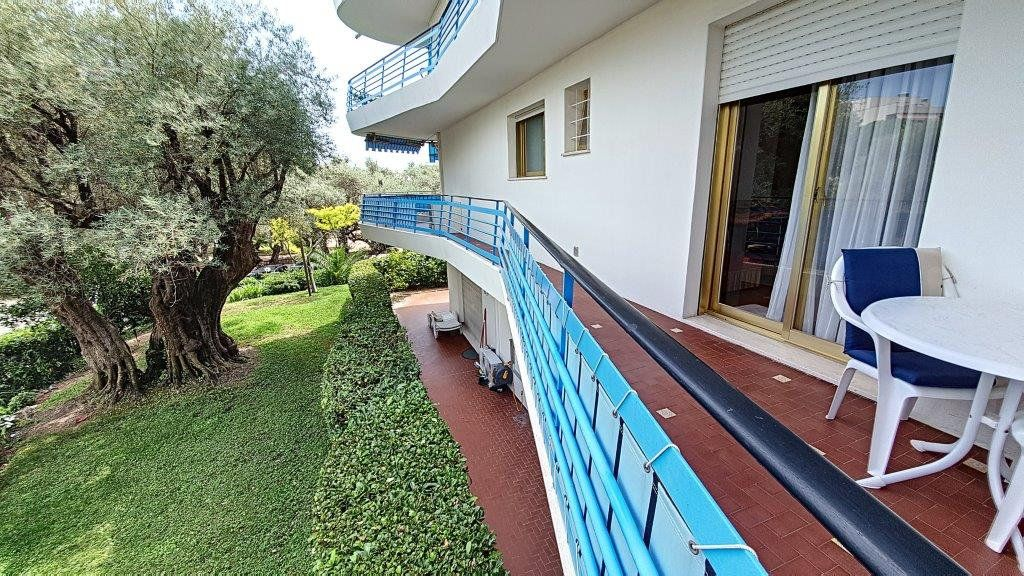 Appartement à vendre 3 83.5m2 à Antibes vignette-10