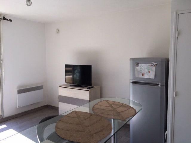 Appartement à louer 1 21.17m2 à Cagnes-sur-Mer vignette-6