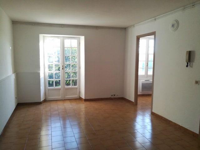 Appartement à louer 2 36.53m2 à Cagnes-sur-Mer vignette-2