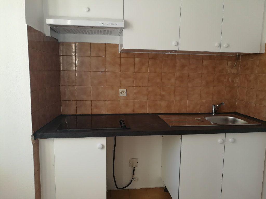 Appartement à louer 2 36.53m2 à Cagnes-sur-Mer vignette-4