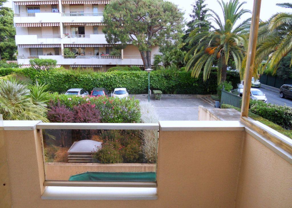 Appartement à vendre 2 52.57m2 à Saint-Laurent-du-Var vignette-1
