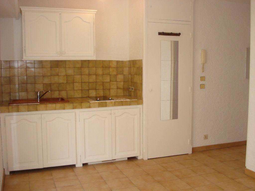 Appartement à louer 1 20.92m2 à Cagnes-sur-Mer vignette-3