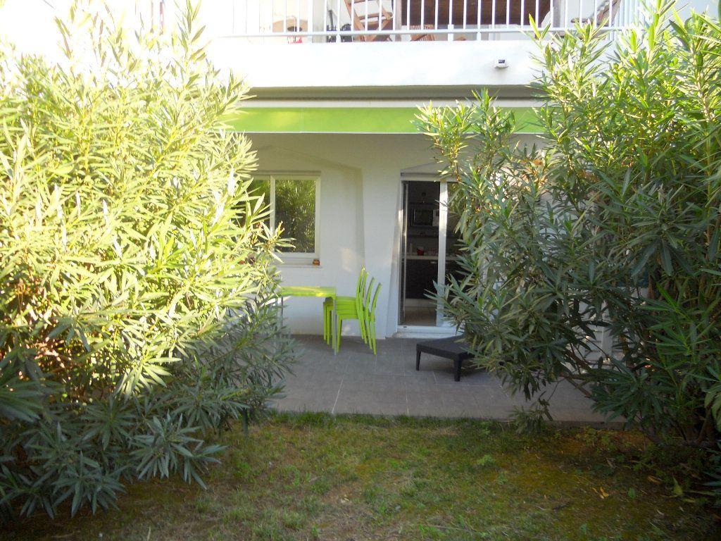 Appartement à vendre 1 19.48m2 à Saint-Laurent-du-Var vignette-2