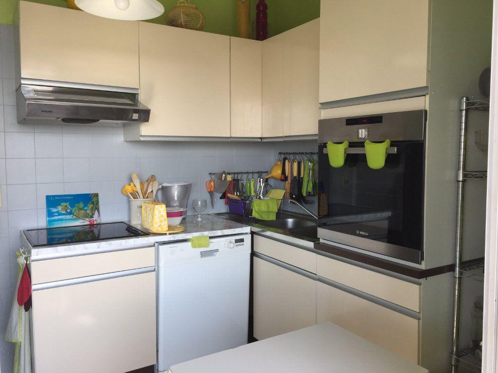 Appartement à louer 3 68m2 à Cagnes-sur-Mer vignette-5