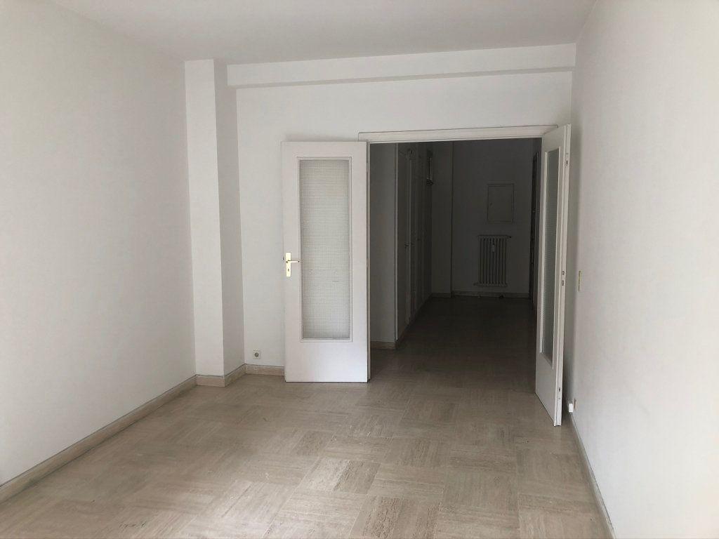 Appartement à vendre 3 72.69m2 à Nice vignette-2
