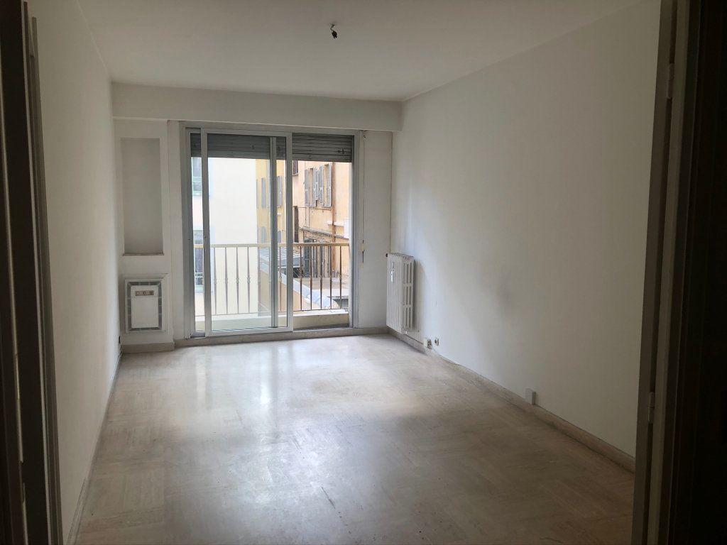 Appartement à vendre 3 72.69m2 à Nice vignette-3