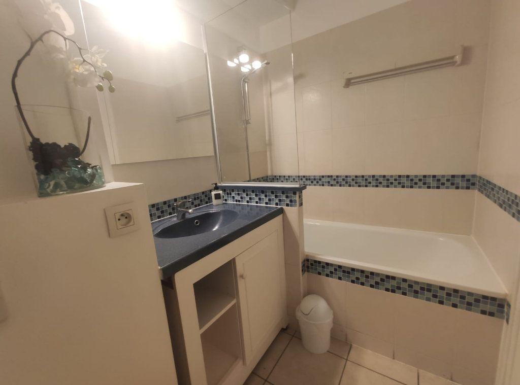 Appartement à vendre 1 24.41m2 à Saint-Laurent-du-Var vignette-5