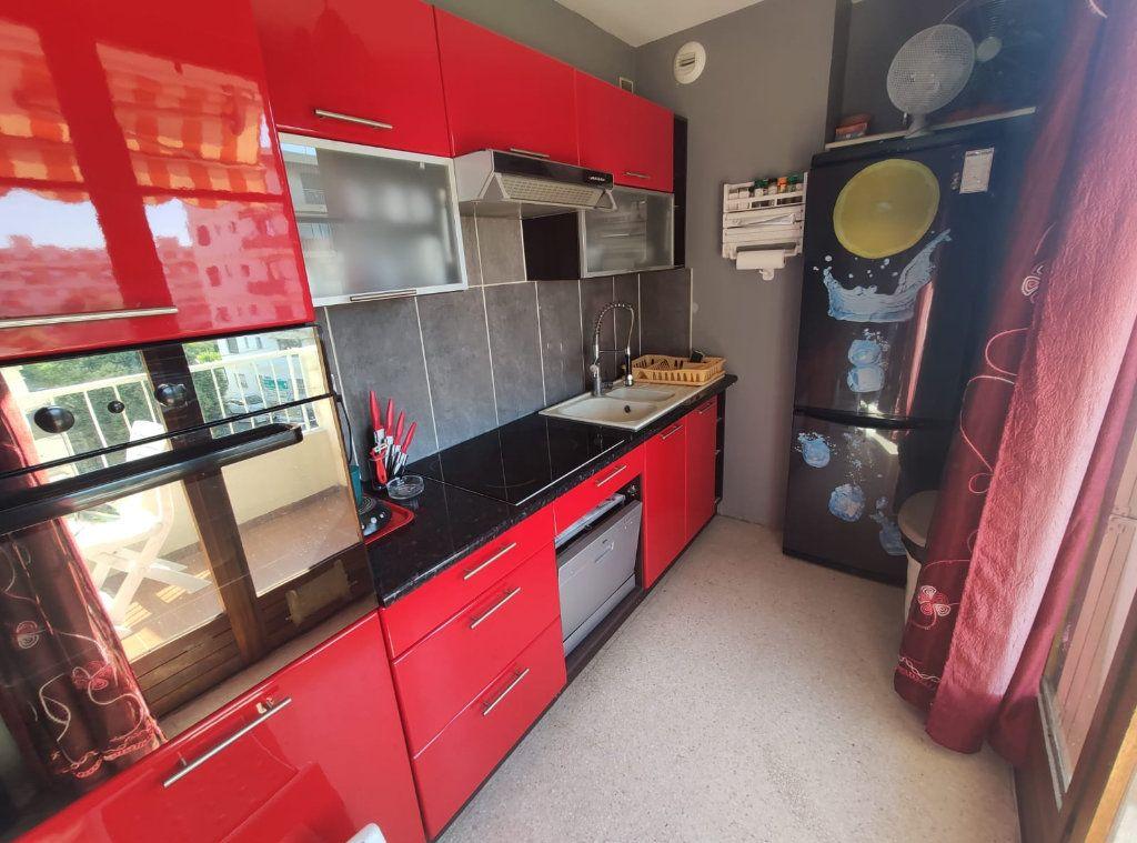 Appartement à vendre 1 37.5m2 à Cagnes-sur-Mer vignette-4