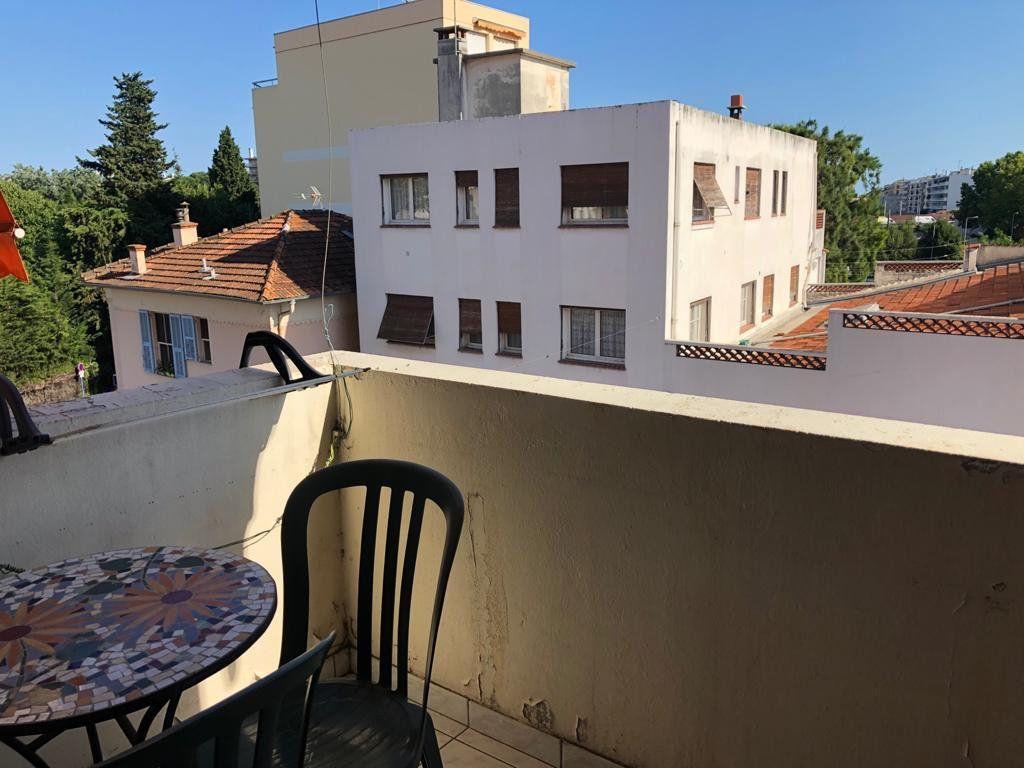 Appartement à vendre 3 52.04m2 à Cagnes-sur-Mer vignette-1