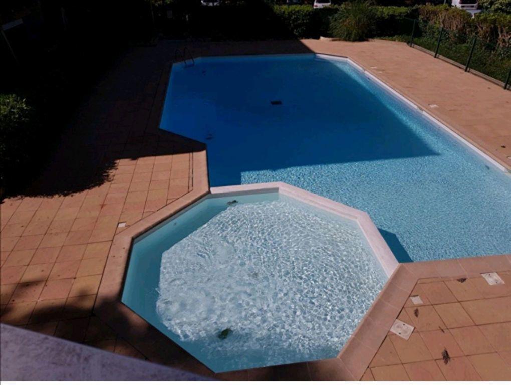 Appartement à vendre 2 27.13m2 à Cagnes-sur-Mer vignette-1