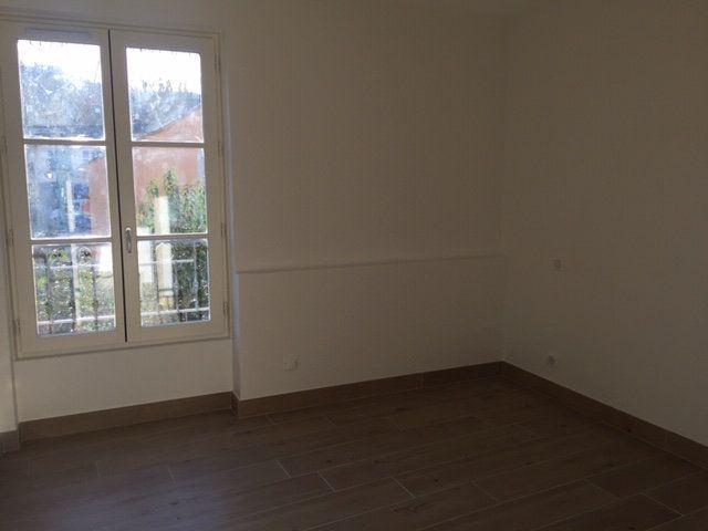 Appartement à louer 2 40.3m2 à Villeneuve-Loubet vignette-4