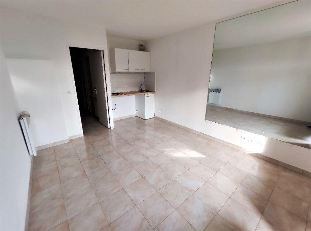 Appartement à vendre 1 22.25m2 à Villeneuve-Loubet vignette-2
