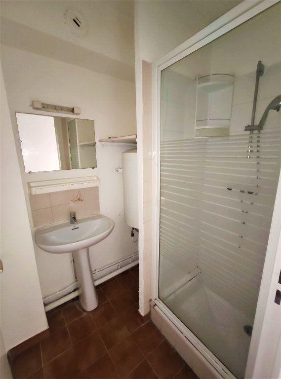 Appartement à vendre 1 22.25m2 à Villeneuve-Loubet vignette-3