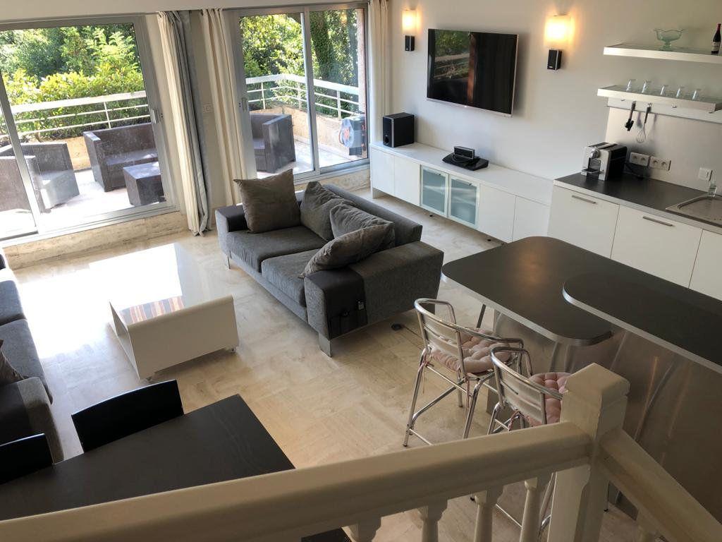 Appartement à vendre 5 135m2 à Vence vignette-2