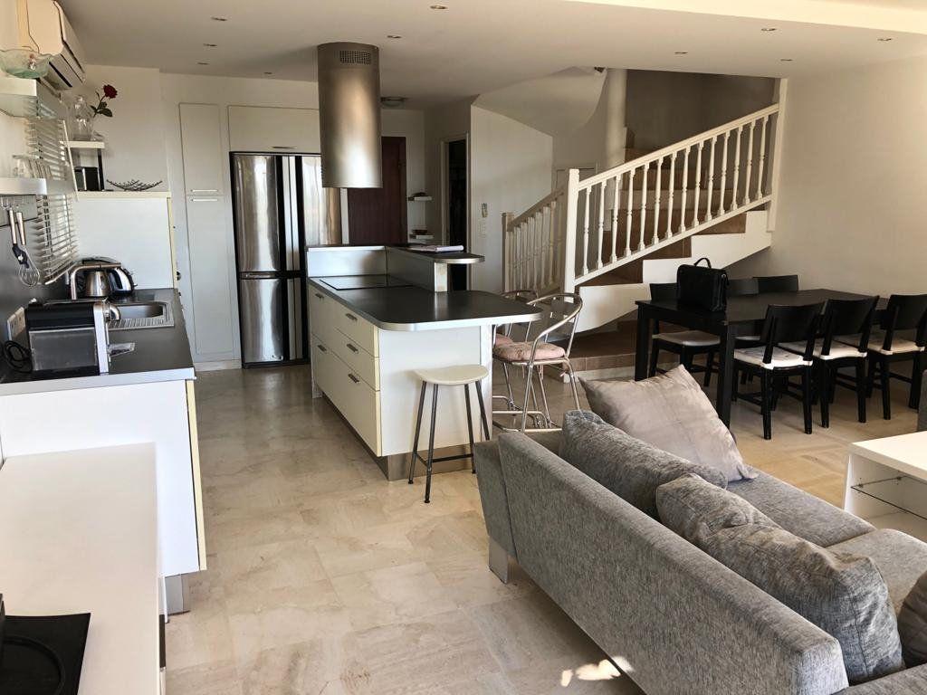 Appartement à vendre 5 135m2 à Vence vignette-8