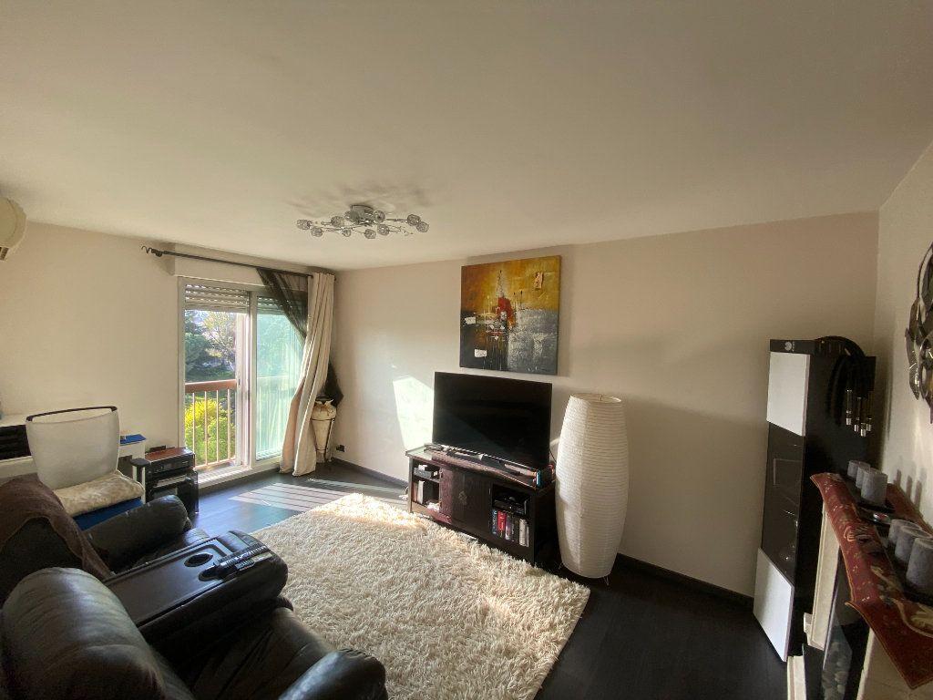 Appartement à vendre 2 45.5m2 à Cagnes-sur-Mer vignette-2
