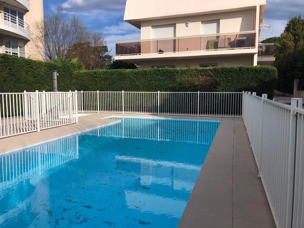 Appartement à vendre 1 21.6m2 à Cagnes-sur-Mer vignette-1