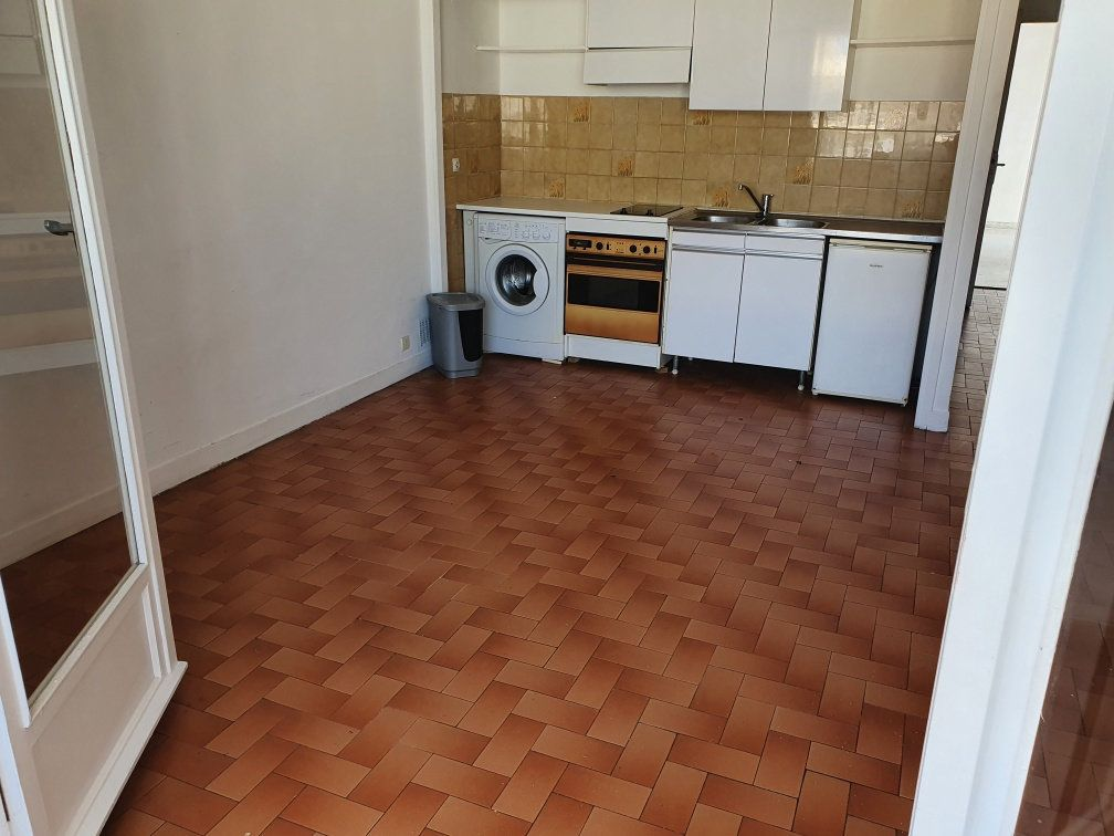 Appartement à louer 1 28.47m2 à Cagnes-sur-Mer vignette-5