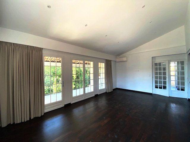 Appartement à vendre 2 54.88m2 à Cagnes-sur-Mer vignette-4