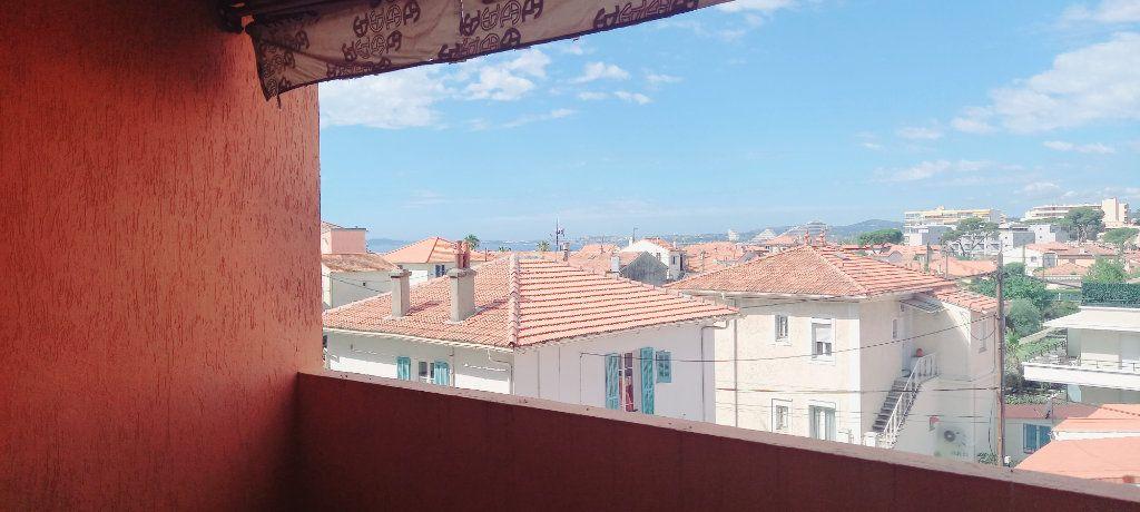 Appartement à louer 1 30.8m2 à Cagnes-sur-Mer vignette-5