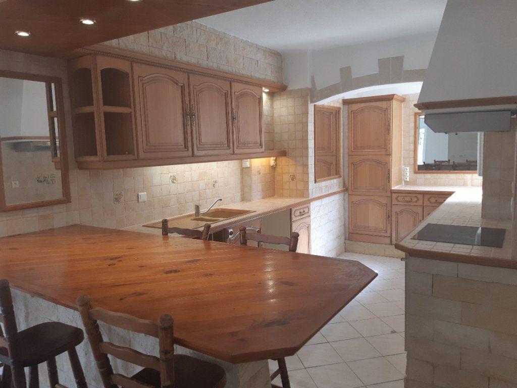 Appartement à louer 3 69.02m2 à Cagnes-sur-Mer vignette-2