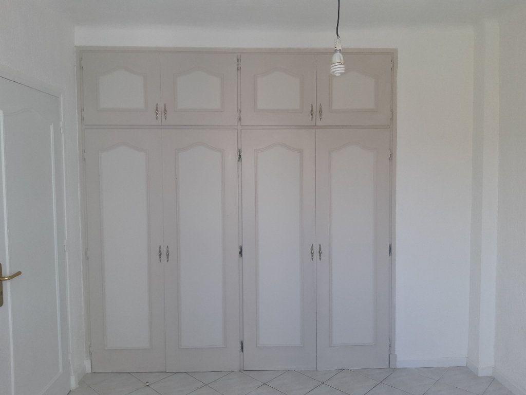 Appartement à louer 3 69.02m2 à Cagnes-sur-Mer vignette-6