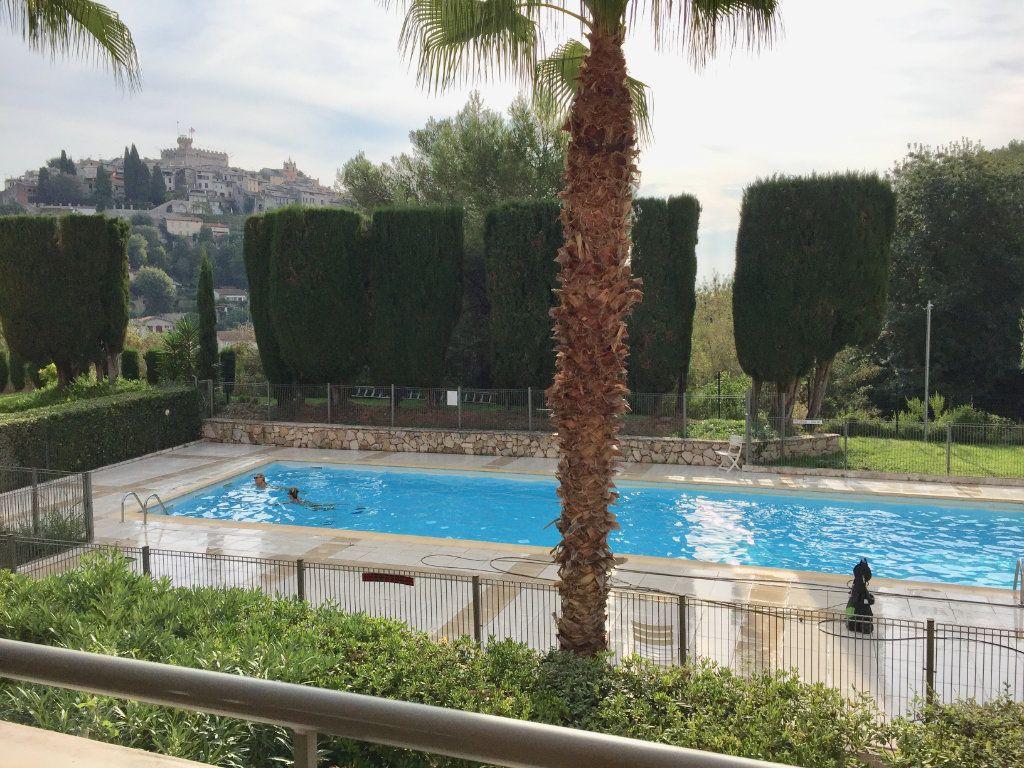 Appartement à louer 2 45.92m2 à Cagnes-sur-Mer vignette-1
