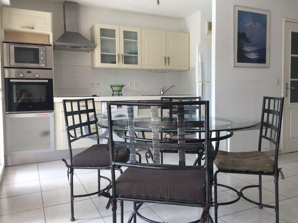 Appartement à louer 2 45.92m2 à Cagnes-sur-Mer vignette-9