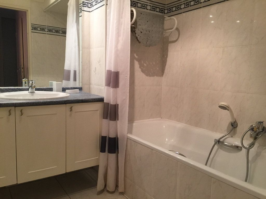 Appartement à louer 2 45.92m2 à Cagnes-sur-Mer vignette-10