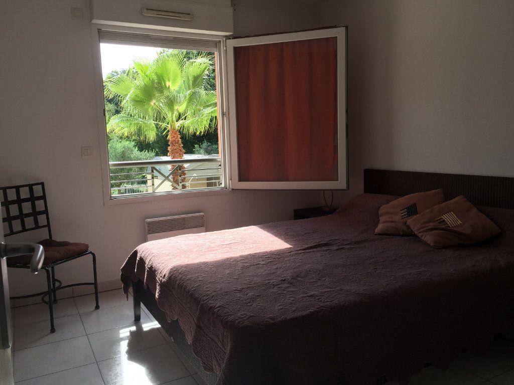 Appartement à louer 2 45.92m2 à Cagnes-sur-Mer vignette-11