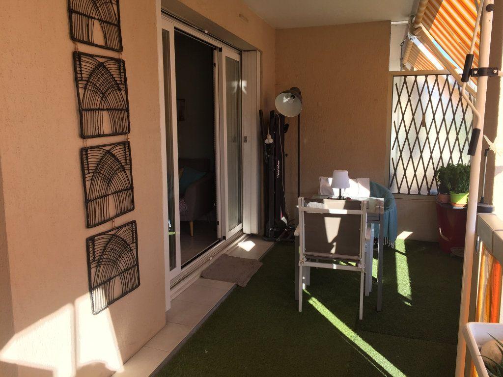 Appartement à louer 2 35.6m2 à Cagnes-sur-Mer vignette-3