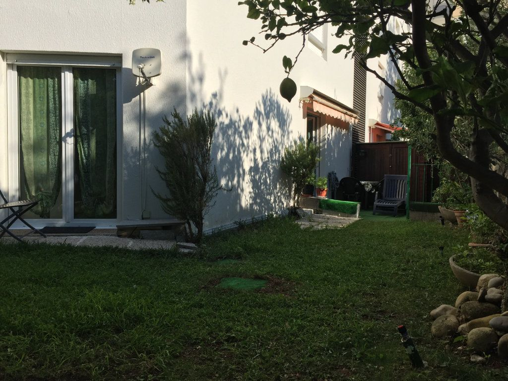 Appartement à louer 1 25.42m2 à Saint-Laurent-du-Var vignette-3