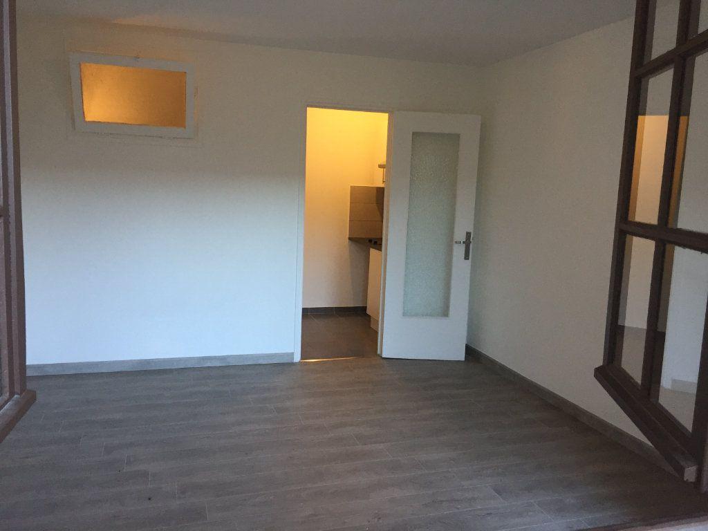 Appartement à louer 1 21.34m2 à Cagnes-sur-Mer vignette-4